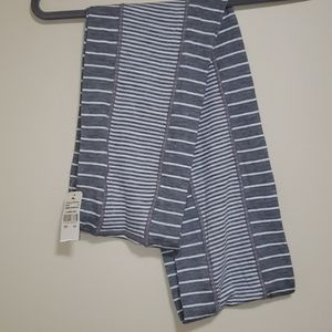 NWT Tommy Bahama Gray Stripe Reversible Scarf